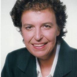 Ντίνα Λάζαρη